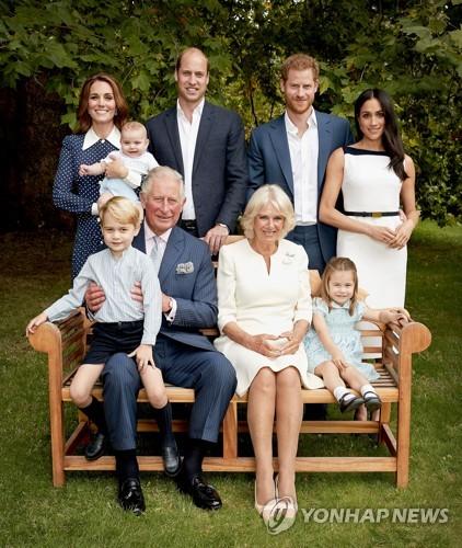 영국 차기 왕위 계승자 찰스 왕세자 70세 생일 맞아