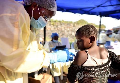 """WHO """"민주콩고 에볼라, 국제적 비상사태""""…우간다 추가 발생(종합)"""