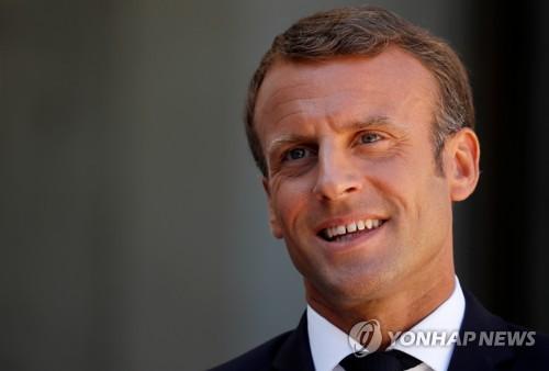 """마크롱, 이란에 제재완화 보상책 제안…""""G7 회담 전 만날 것"""""""