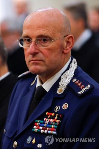 바티칸서 범죄피의자 신원 공개 논란…경찰 수장 전격 사임
