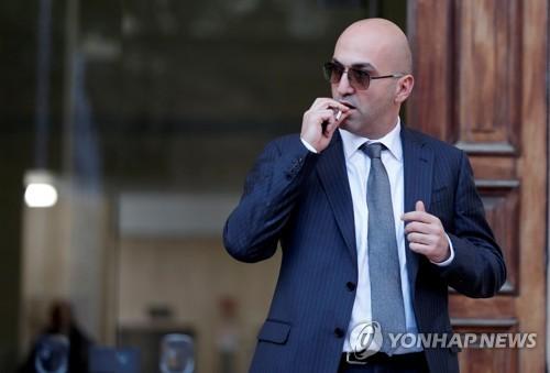 """""""몰타 탐사기자 살해 배후는 기업인…2억주며 죽여달라 부탁""""(종합)"""