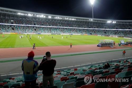 """'리그 강행' 벨라루스축구협회 """"중단할 이유 없어"""""""