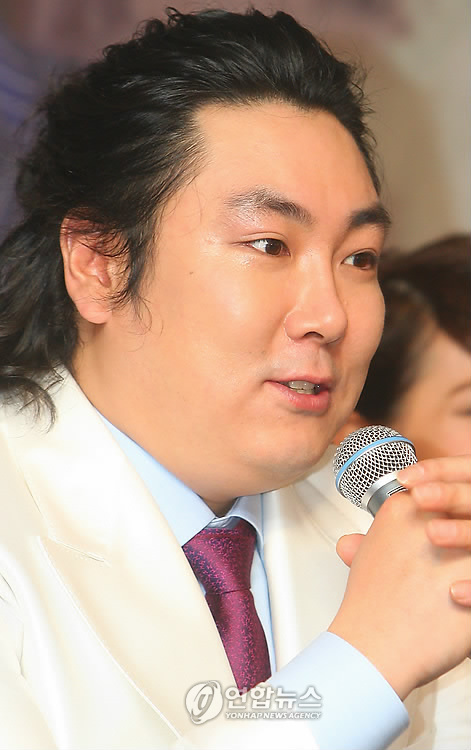 25, SEOUL, South Korea -- South Korean actor <b>Cho Jin</b>-woong, who stars in the <b>...</b> - PYH2010022510430034400_P2