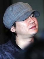 """양현석, 허가없이 건물용도 변경…YG """"시정할것"""""""