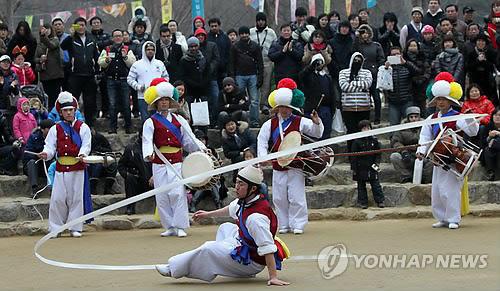 농악 공연[연합뉴스 자료사진]