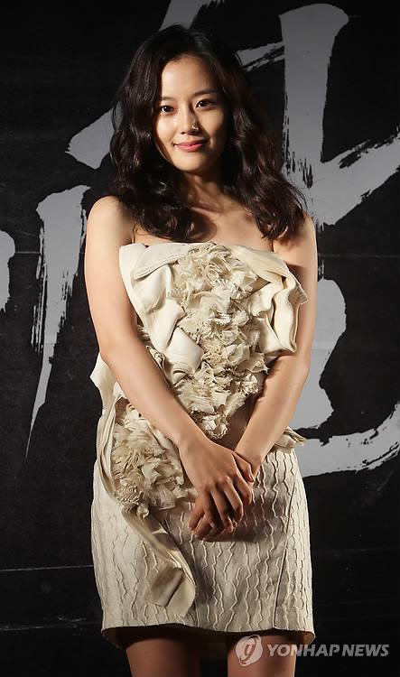 女優ムン・チェウォン