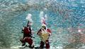 水上圣诞节派对