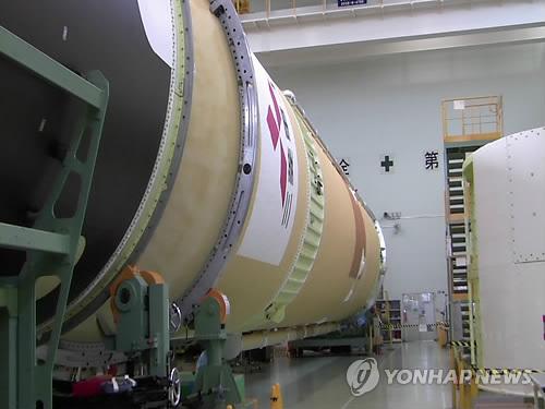 아리랑 3호 우주로 실어나를 일본 로켓