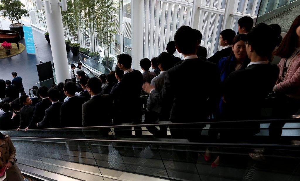 우리나라 대졸-고졸 근로자 임금 격차 크지 않다