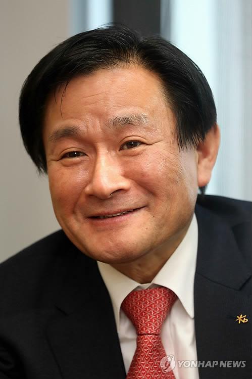 인터뷰 하는 정회동 KB투자증권 사장