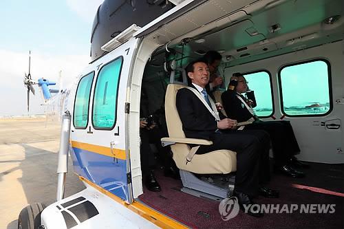 '참수리' 탑승한 경찰청장과 전직 서울청장
