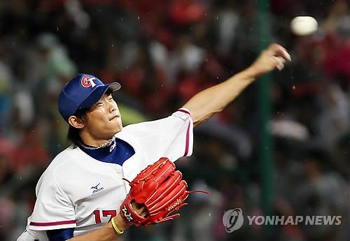 <아시안게임> 역투하는 천관위 [연합뉴스 자료 사진]