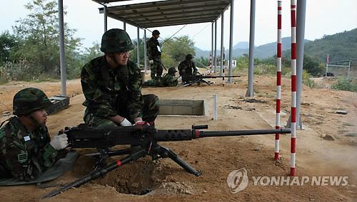 북한 고사포 사격에 대응사격한 K-6기관총