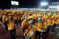 손 흔드는 제주 전국체전 자원봉사자들