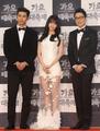《KBS歌谣大庆典》三名主持人