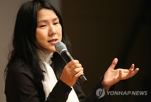 '평양의 영어 선생님' 수키 킴, 독자와 대화