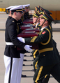 """68具在韩中国志愿军遗骸即将""""回家"""""""