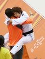 韩柔道运动员金圣妍勇夺金牌