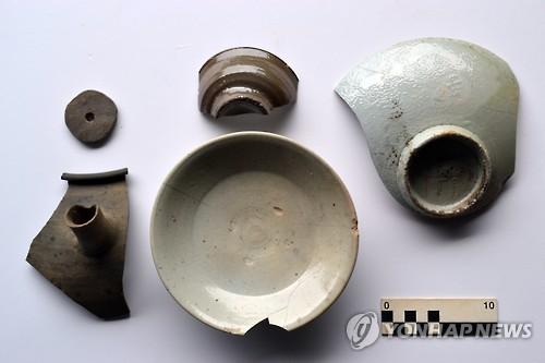 용인 서봉사지서 출토된 고려시대 유물
