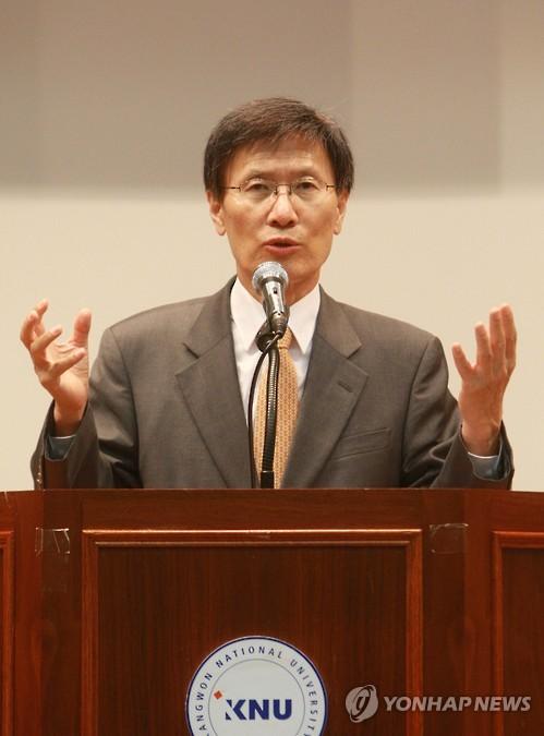 """윤영관 """"北 비핵화 천명, 전략적 결단이나 전술적 술수"""""""