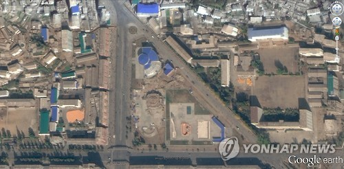 """""""위성사진으로 확인된 北합법시장 400개 넘어""""<美전문가>"""
