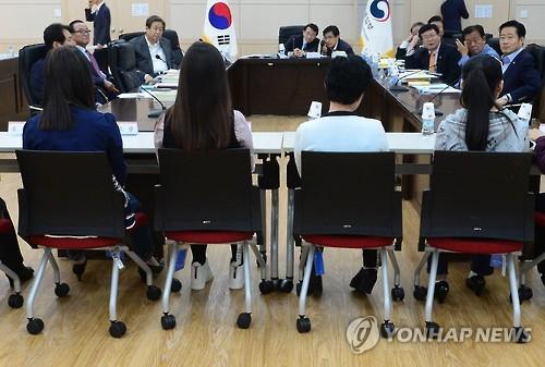 외통위, 북한이탈주민 면담