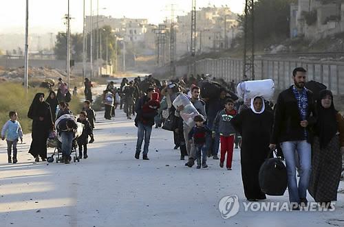 알레포 반군 지역 주민 2만7천명 '엑소더스' (AP=연합뉴스)