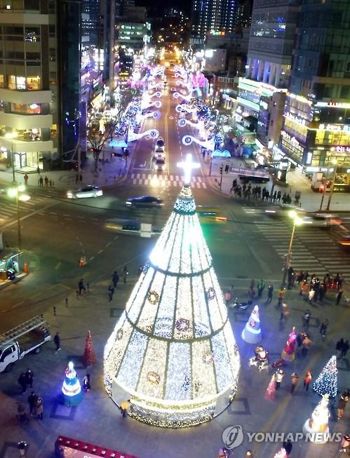 겨울 해운대 밤 밝히는 빛축제