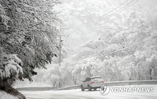 江原道突降大雪