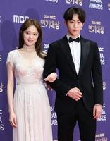 """남주혁·이성경 """"사귀고 있습니다""""…모델출신 연상연하 커플"""