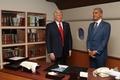 奥巴马和特朗普蜡像落户首尔