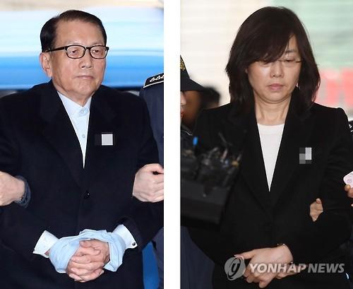 소환되는 김기춘과 조윤선