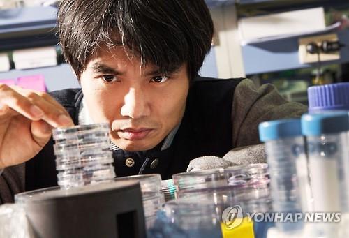 고대 동아시아인 게놈 분석한 박종화 UNIST 교수
