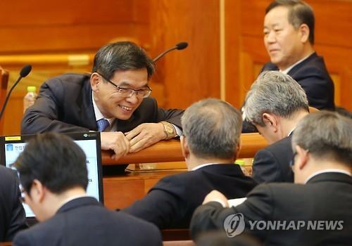 """대통령측 """"불륜이 탄핵 사건의 발단"""" 원색적 의혹 제기"""