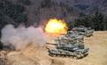 韩陆军举行战车射击演习