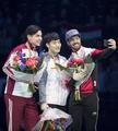 韩选手徐一拉短道速滑世锦赛摘金