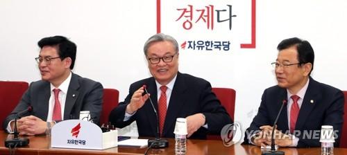 기자간담회 연 인명진 비상대책위원장
