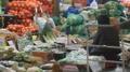 物价又涨 菜市场冷清