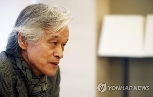 사회학자 송호근 교수, 소설가 변신