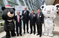 APEC biz leaders with PyeongChang Olympic mascots