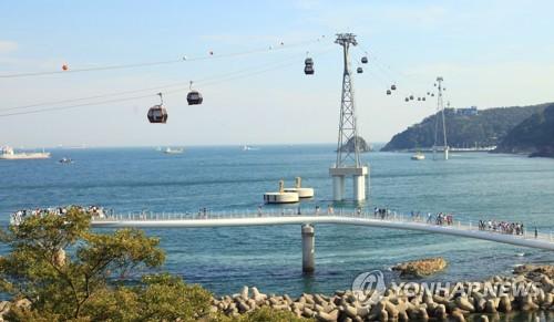 29년 만에 복원된 부산 송도해상케이블카