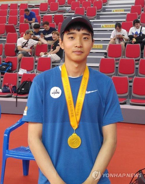 전국사격대회, 김청용 50m 권총 우승