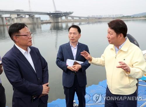 조류대응 상황 점검하는 대구시장