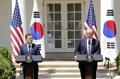 韩美首脑联合举办记者会