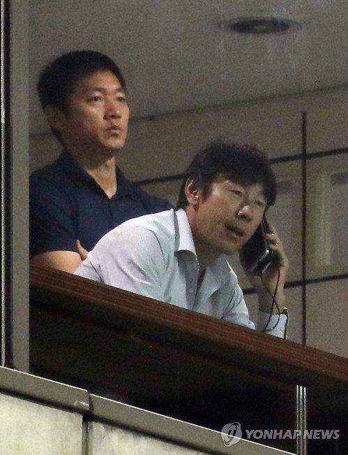 신태용 감독과 김남일 코치