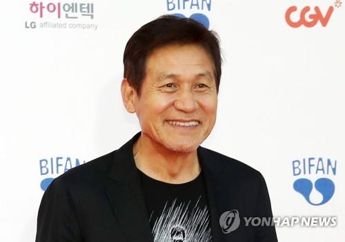 Actor Ahn Sung-ki