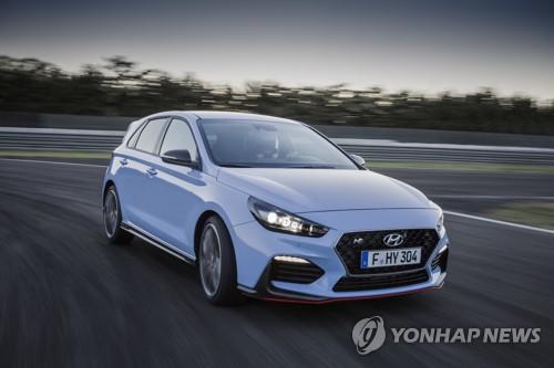 「i30 N」(現代自動車提供)=14日、ソウル(聯合ニュース)