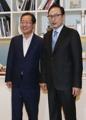 韩最大在野党党首与前总统李明博会面