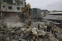 나이지리아 라고스서 4층 건물 붕괴…수명 사망
