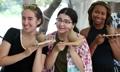 外国游客尽享青瓷节